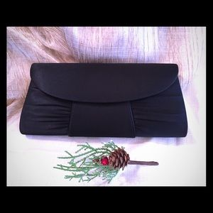 Silky Black Purse for your evening dress!